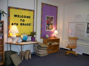 Welcoming whole-group area in 4th grade